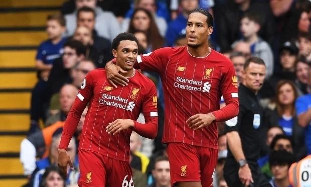 Liverpool nóng lòng chờ kịch bản kết thúc mùa giải, bởi chỉ cách chức vô địch hai trận thắng. Ảnh: EPA.