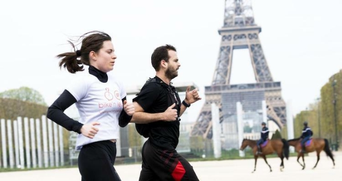 Pháp cho phép runner chạy khung giờ cố định