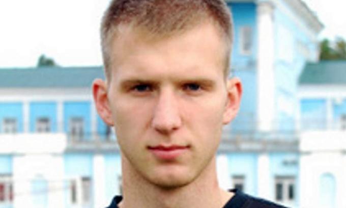 Cầu thủ Nga đột tử khi cách ly Covid-19