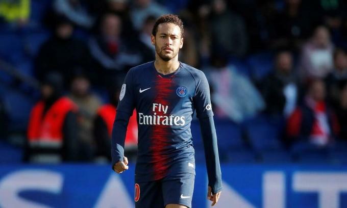 Neymar không giấu ý định quay về Barca. Ảnh: Reuters.