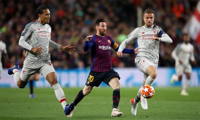 Liverpool của Henderson (phải) gây sốc khi đảo ngược tình thế loại Barca dù thua 0-3 từ lượt đi. Ảnh: Reuters.