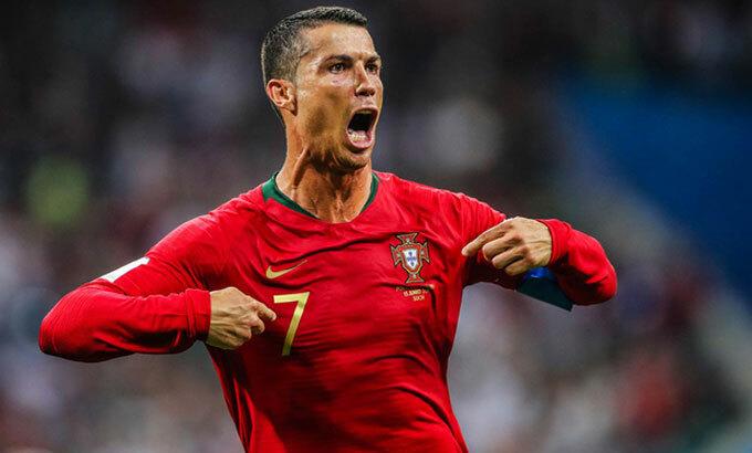 Ronaldo hướng dẫn tập thể dục ở nhà - VnExpress