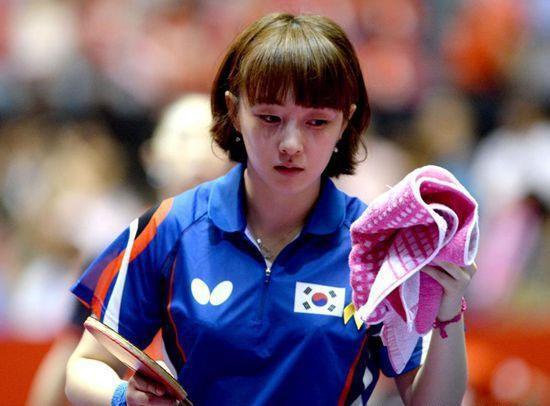 Suh Hyo-won là nữ VĐV bóng bàn nổi tiếng của Hàn Quốc...