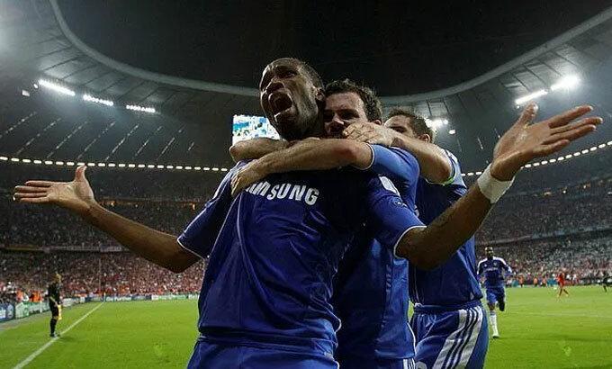 Drogba van xin Mata giúp giành Champions League