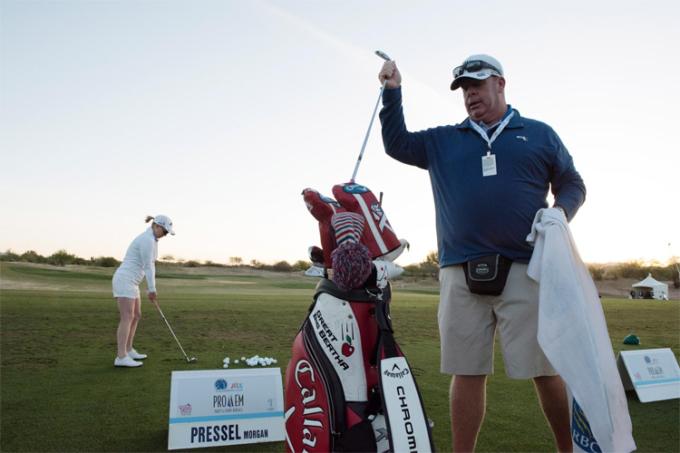 LPGA Tour có thể vắng caddie