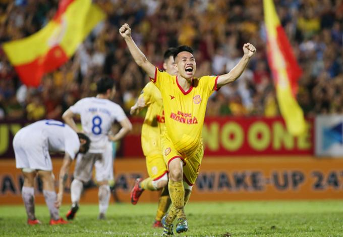 Nam Định - HAGL: Bóng đá Việt Nam trở lại