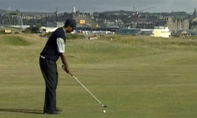 Tiger Woods đã thay đổi ngành bóng golf thế nào