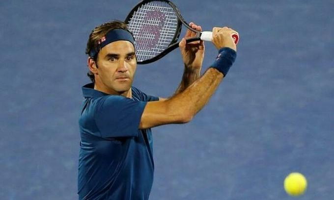 Federer là tay vợt đầu tiên trong lịch sử đứng đầu danh sách các VĐV có thu nhập cao nhất. Ảnh: Reuters.