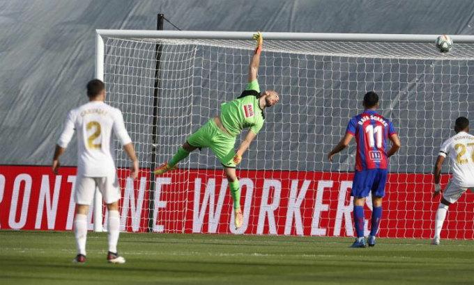 Bàn thắng sớm của Kroos. Ảnh: Marca.