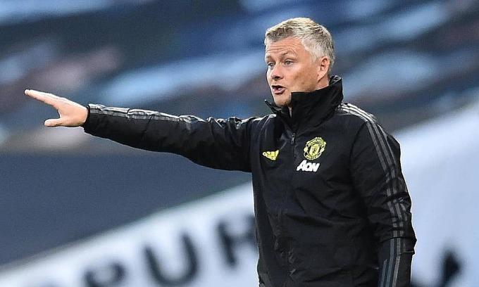 Solskjaer bảo vệ học trò sau trận hòa Tottenham. Ảnh: Reuters.