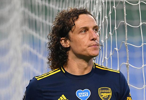 Arsenal gia hạn hợp đồng với David Luiz