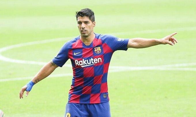 Suarez trút giận lên HLV Setien và cộng sự. Ảnh: AFP7.
