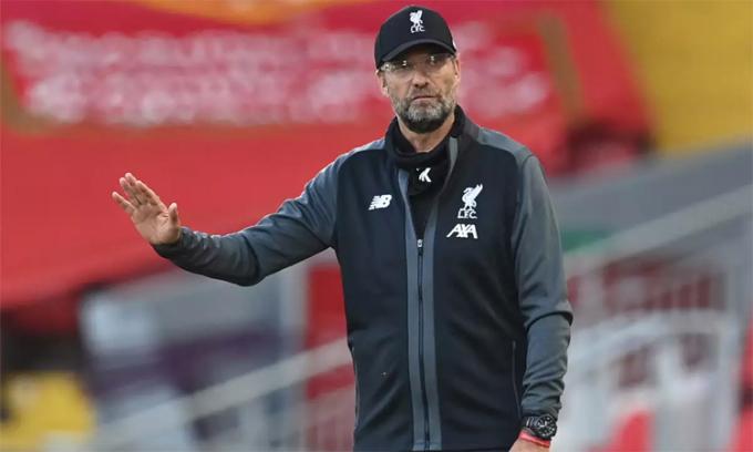 Klopp không cần Man City xếp hàng đón Liverpool