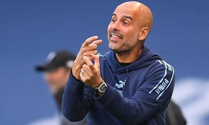 Guardiola lần đầu thua ba trận liên tiếp trên sân khách sau 12 năm theo nghiệp cầm quân. Ảnh: Reuters.