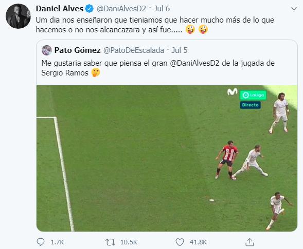 Alves chỉ trích VAR bỏ qua lỗi của Ramos