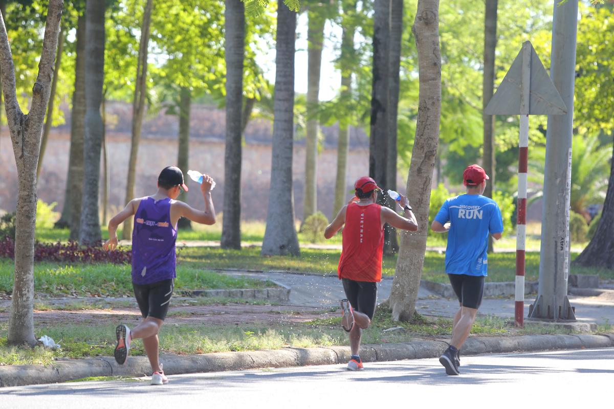 Runner thử đường chạy xanh VnExpress Marathon Huế 2020