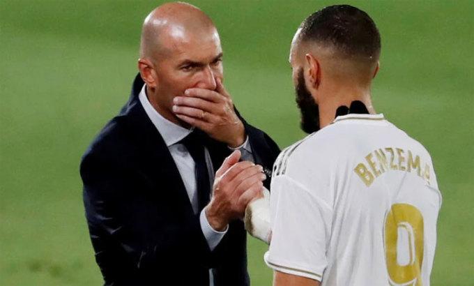 Zidane và Benzema có công lớn sau chức vô địch La Liga. Ảnh: Reuters.
