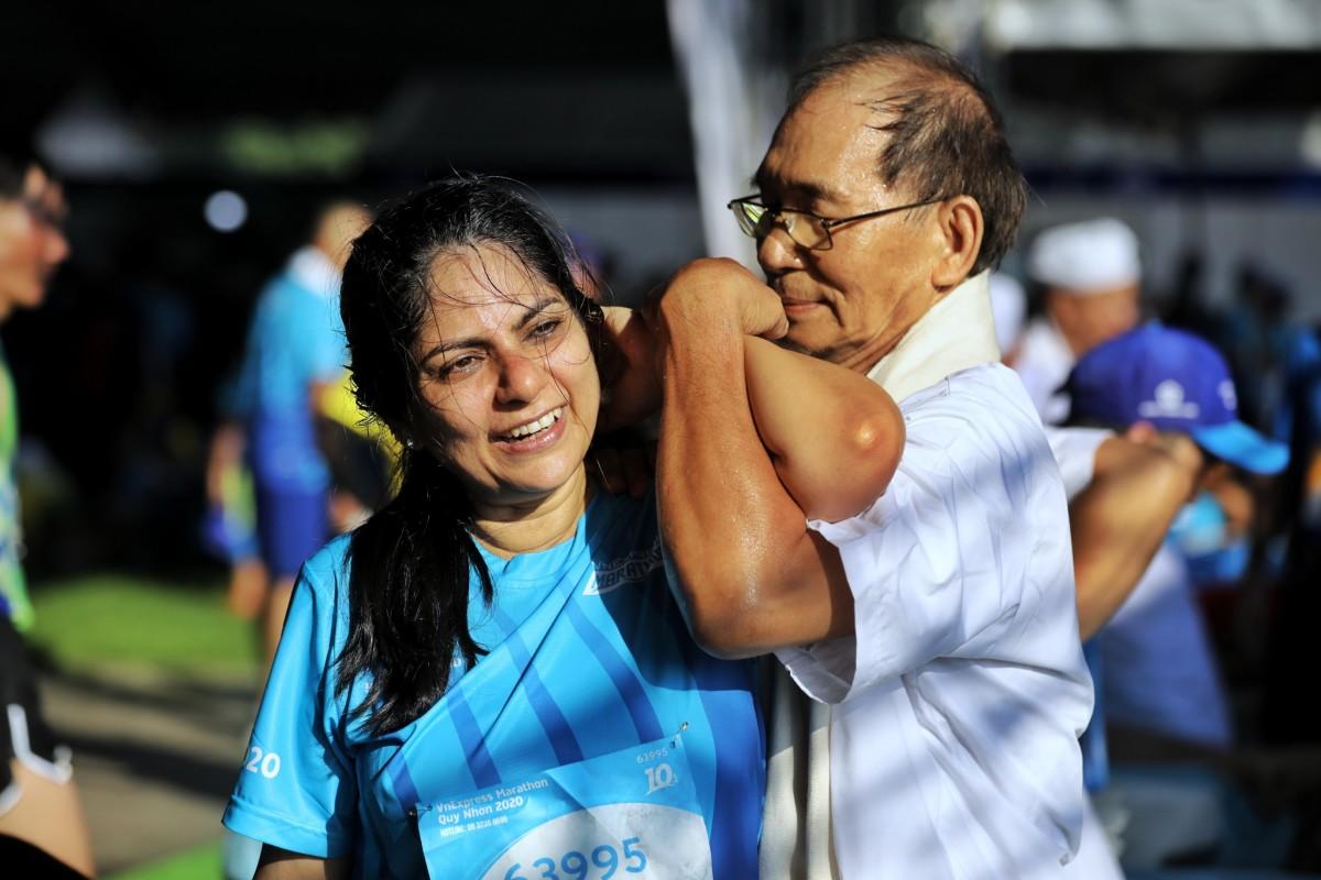 Khu massage sau chạy tại VnExpress Marathon Quy Nhơn
