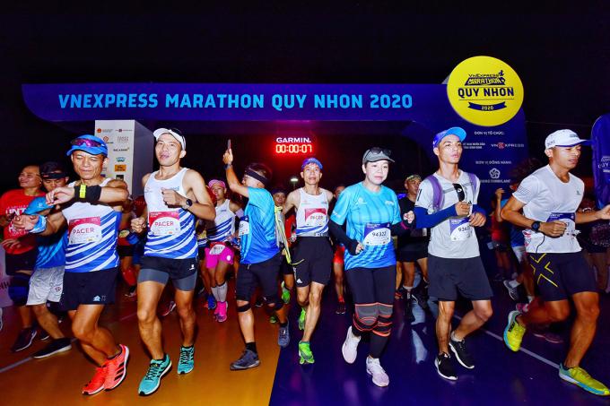 Lê Văn Tuấn, Hồng Lệ về nhất VnExpress Marathon Quy Nhơn