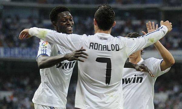 Adebayor hiểu rõ tài năng của Ronaldo. Ảnh: Reuters.