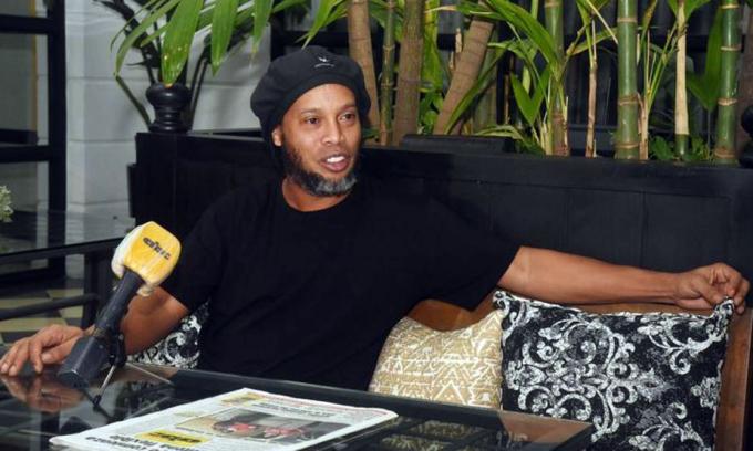 Ronaldinho sắp được tự do sau bốn tháng giam giữ và quản thúc. Ảnh: ABC Color.
