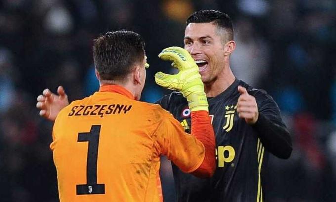 Szczesny trông cậy vào Ronaldo. Ảnh: IPP.