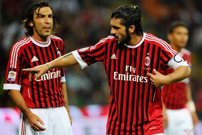 Pirlo (trái) từng là đồng đội của Gattuso ở Milan. Ảnh: Sky Italy.