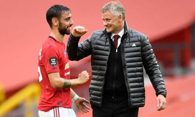 Solskjaer đặt mục tiêu giành danh hiệu đầu tiên cùng Man Utd. Ảnh: Reuters.