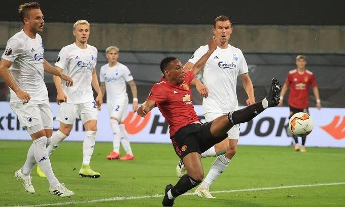 Martial là điểm sáng của Man Utd trận này, trong khi Rashford không tạo ra nhiều dấu ấn. Ảnh: AP.