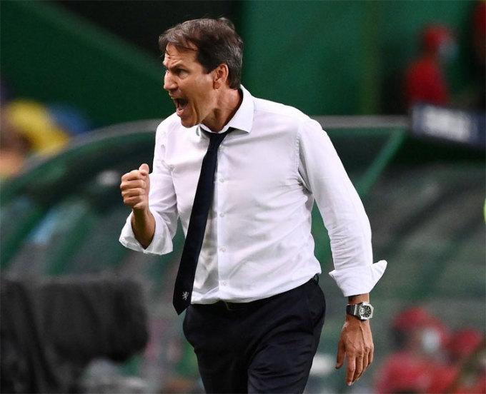 Rudi Garcia đang làm điều kỳ diệu với Lyon. Ảnh: Reuters.
