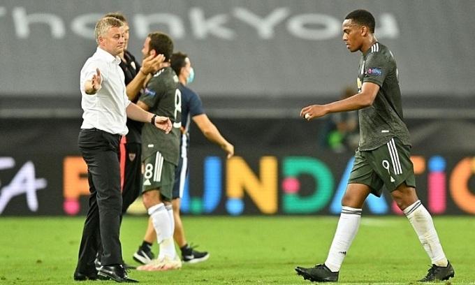 Solskjaer cho rằng Man Utd cần tăng cường lực lượng nếu muốn cạnh tranh các danh hiệu. Ảnh: Reuters.
