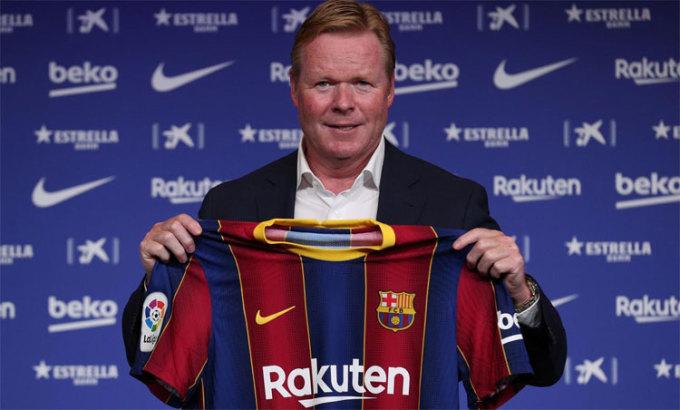 Koeman ra mắt trên cương vị HLV Barca, hôm 19/8. Ảnh: Reuters.