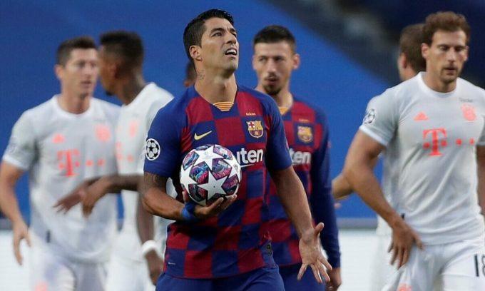 Suarez là cầu thủ đầu tiên bị Koeman loại. Ảnh: Reuters