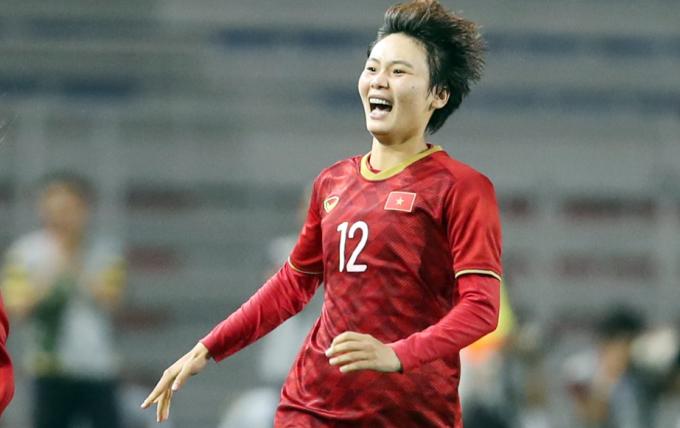Hải Yến đã hoàn tất các điều khoản hợp đồng và đang chờ visa để sang Bồ Đào Nha đầu quân cho Lank FC. Ảnh: Đức Đồng.