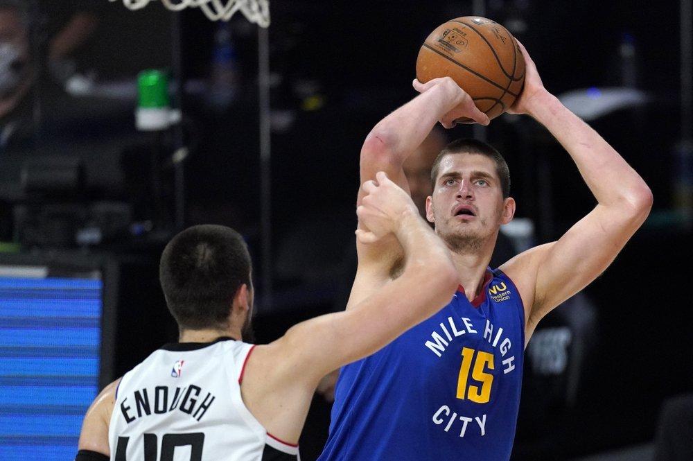 Raptors thành cựu vô địch NBA