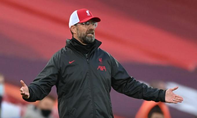 Trước khi hạ Leeds 4-3 hôm 12/9, Liverpool của Klopp đá bốn trận trong giai đoạn chuẩn bị. Họ thắng hai, hoà một ở ba trận giao hữu, và thua Arsenal trong loạt luân lưu ở Siêu Cup Anh. Ảnh: Reuters
