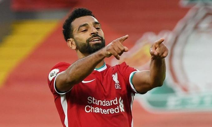 Salah ghi ba bàn vào lưới Leeds, trong đó có hai bàn từ phạt đền. Ảnh: Reuters