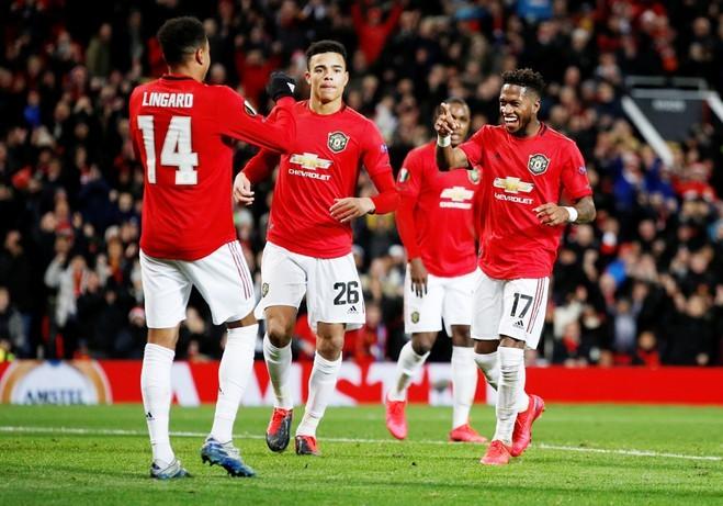 Man Utd kiếm được 140 triệu USD từ khán giả đến sân trong 19 trận sân nhà Ngoại hạng Anh mùa 2018-2019. Ảnh: Reuters.