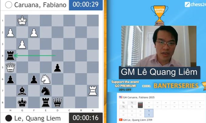 Nước 30...Rxh4 của Quang Liêm khiến Caruana không thể lường trước. Ảnh chụp màn hình