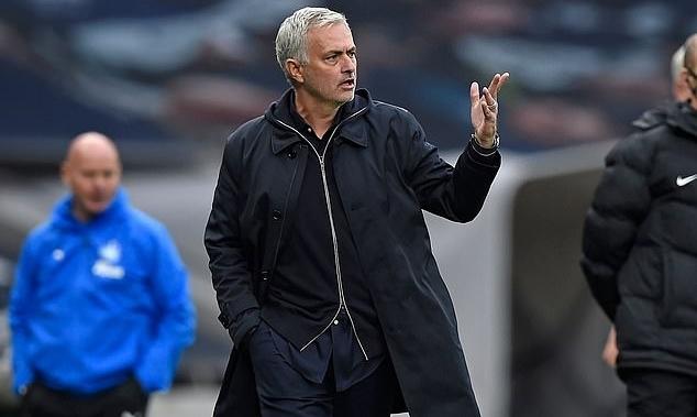 Mourinho: 'Cấm địa Tottenham luôn đặc biệt'