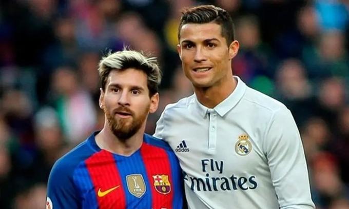 Những cuộc đối đầu giữa Messi và Ronaldo từng giúp trận El Clasico trở thành trận đấu được quan tâm nhất thế giới. Ảnh: Indian Express.
