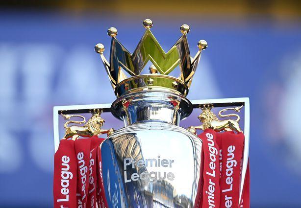Kỷ nguyên Ngoại hạng Anh bắt đầu từ mùa 1992-1993. Ba mùa đầu tiên có 22 đội tham dự. Từ mùa 1995-1996, số đội được giảm xuống 20 và giữ đến nay. Ảnh: Reuters.