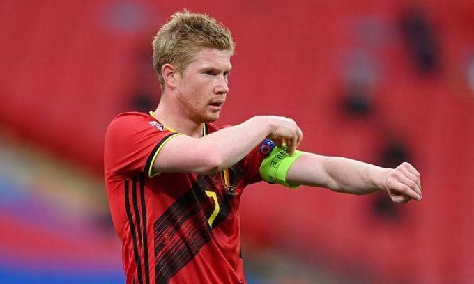 De Bruyne chấn thương và rời sân ở phút 73 trong trận gặp đội tuyển Anh hôm 11/10. Ảnh: Reuters