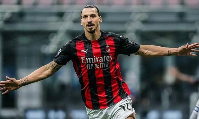 Ibrahimovic, 39 tuổi, duy trì hiệu suất hai bàn một trận ở Serie A mùa này, Ảnh: Lapresse
