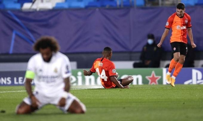 Real thua trận thứ hai liên tiếp, màn chạy đà không tốt cho trận gặp Barca ở La Liga cuối tuần này. Ảnh: AP