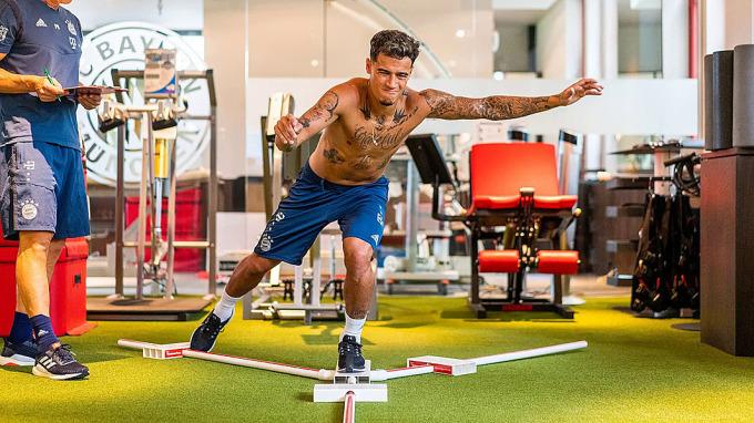 Coutinho cải thiện đáng kể sức mạnh thể chất chỉ sau một mùa giải ở Bayern Munich. Ảnh: FCB.