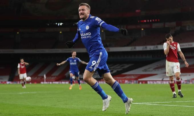 Vardy có 6 bàn sau 5 trận ra sân cho Leicester ở Ngoại hạng Anh, chỉ xếp sau Son Heung-min và Calvert-Lewin trong danh sách vua phá lưới. Ảnh: Reuters.
