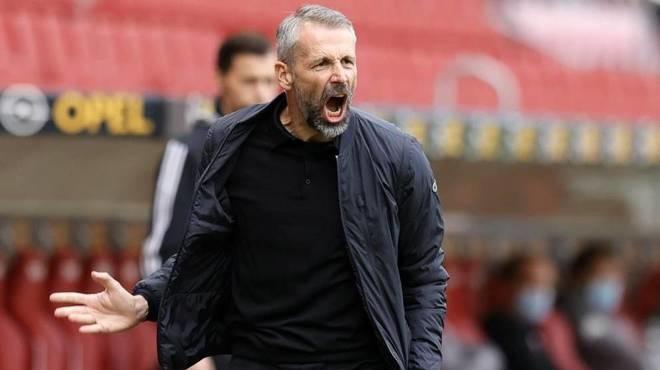 Moenchengladbach của Rose đang đứng thứ sáu Bundesliga 2020-2021 với hai trận thắng, hai hòa và một thua. Ảnh: EFE.