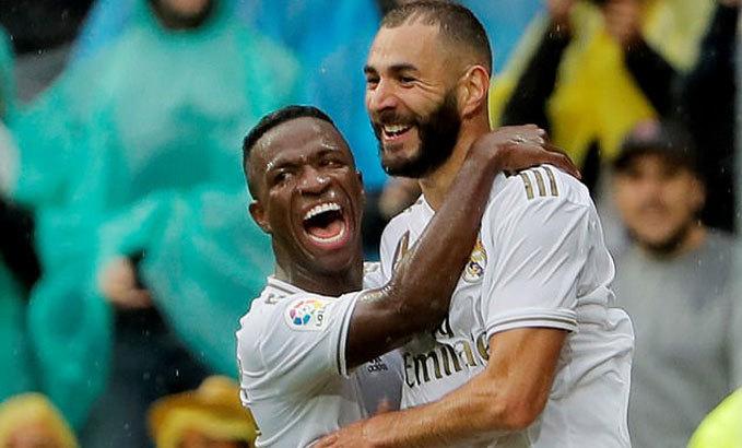 HLV Zidane vui với sự cố Benzema - Vinicius