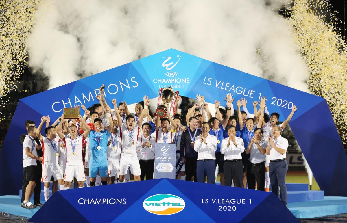 Viettel mừng chức vô địch V-League 2020